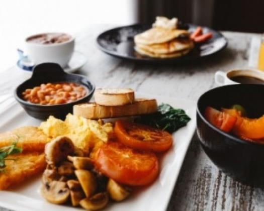 Spread of breakfast food